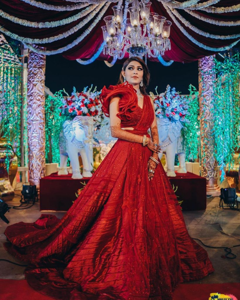 Bride in red