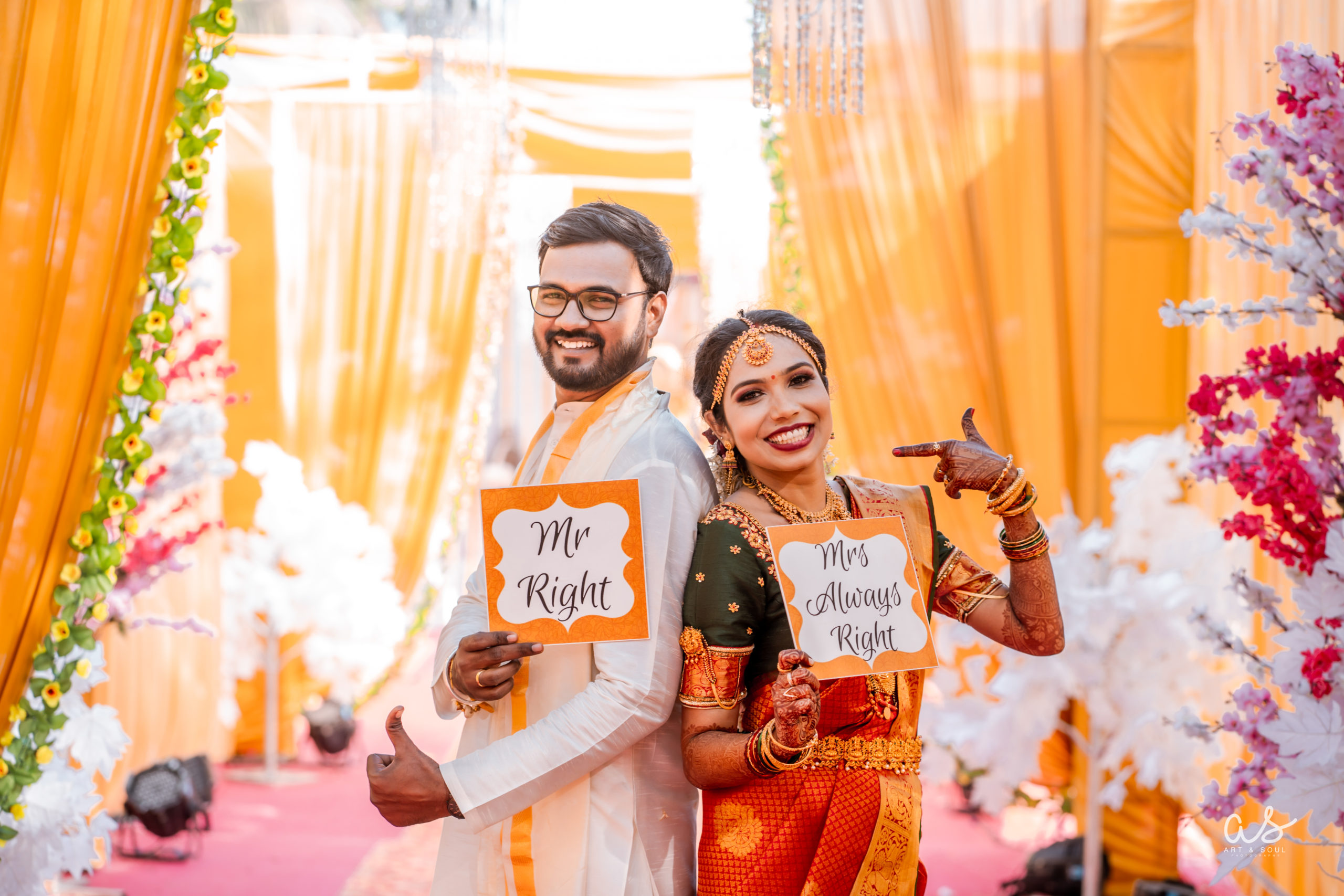 Cross cultural wedding of South Indian bride & Maharashtrian groom