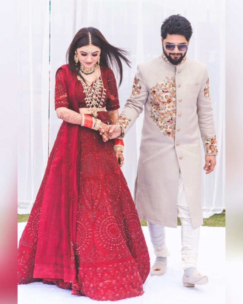 Indian bride & groom wedding outfits