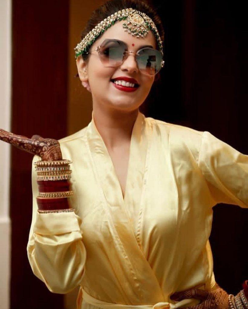 Classy Bollywood Bride Sugandha Mishra