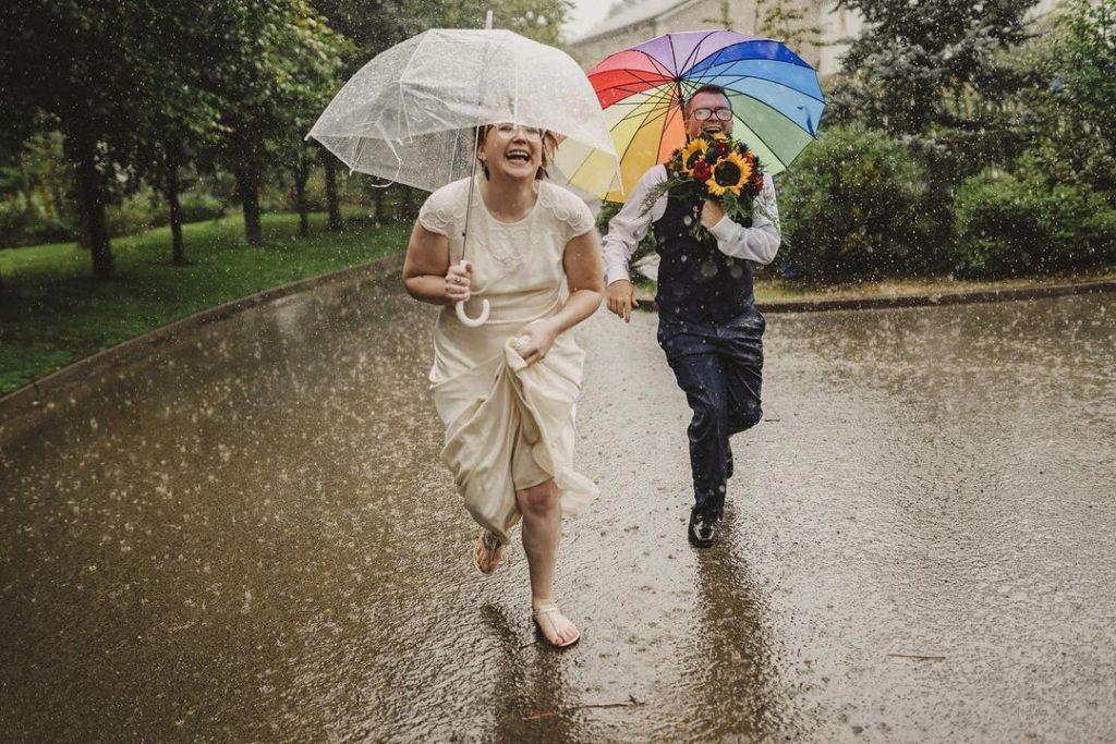 Cons of Outdoor Wedding
